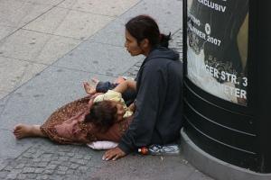 roma-begging
